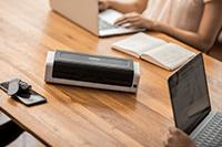 ADS-1200 skanneri työpöydällä
