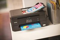 DCP-J785DW on kooltaan kompakti tulostin