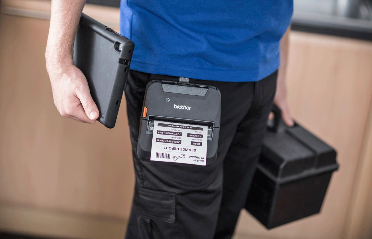 RJ-mobiilitulostimella tulostat asiakkaallesi huoltoraportin näppärästi paikan päällä.