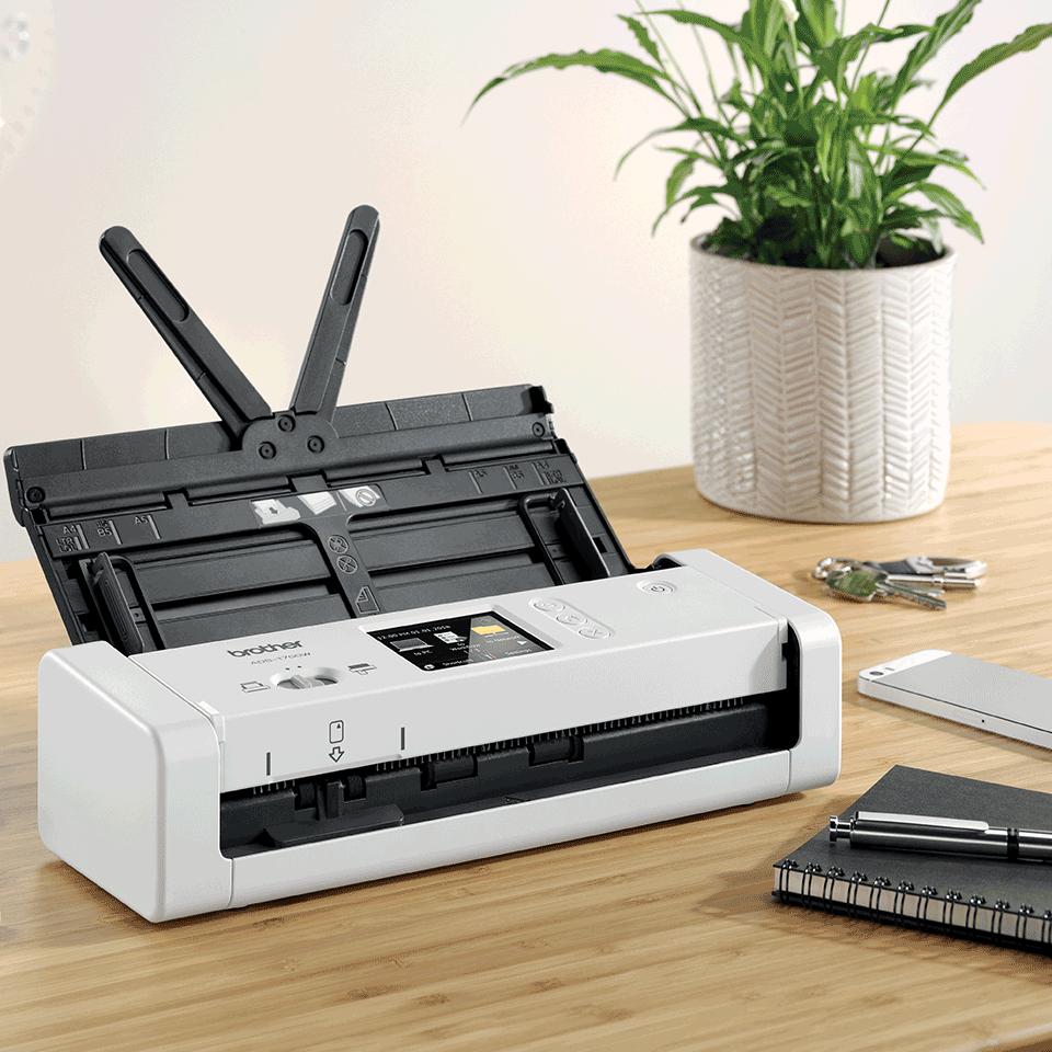 ADS-1700W Näppärä ja kompakti langaton asiakirjaskanneri  6
