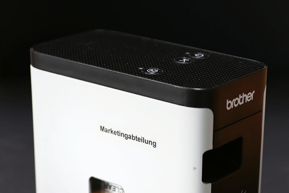 Alkuperäinen Brother TZe121 -tarranauha – musta teksti kirkkaalla pohjalla, 9 mm 4