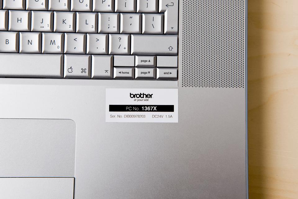 Alkuperäinen Brother TZe251 -tarranauha – musta teksti valkoisella pohjalla, 24 mm 4