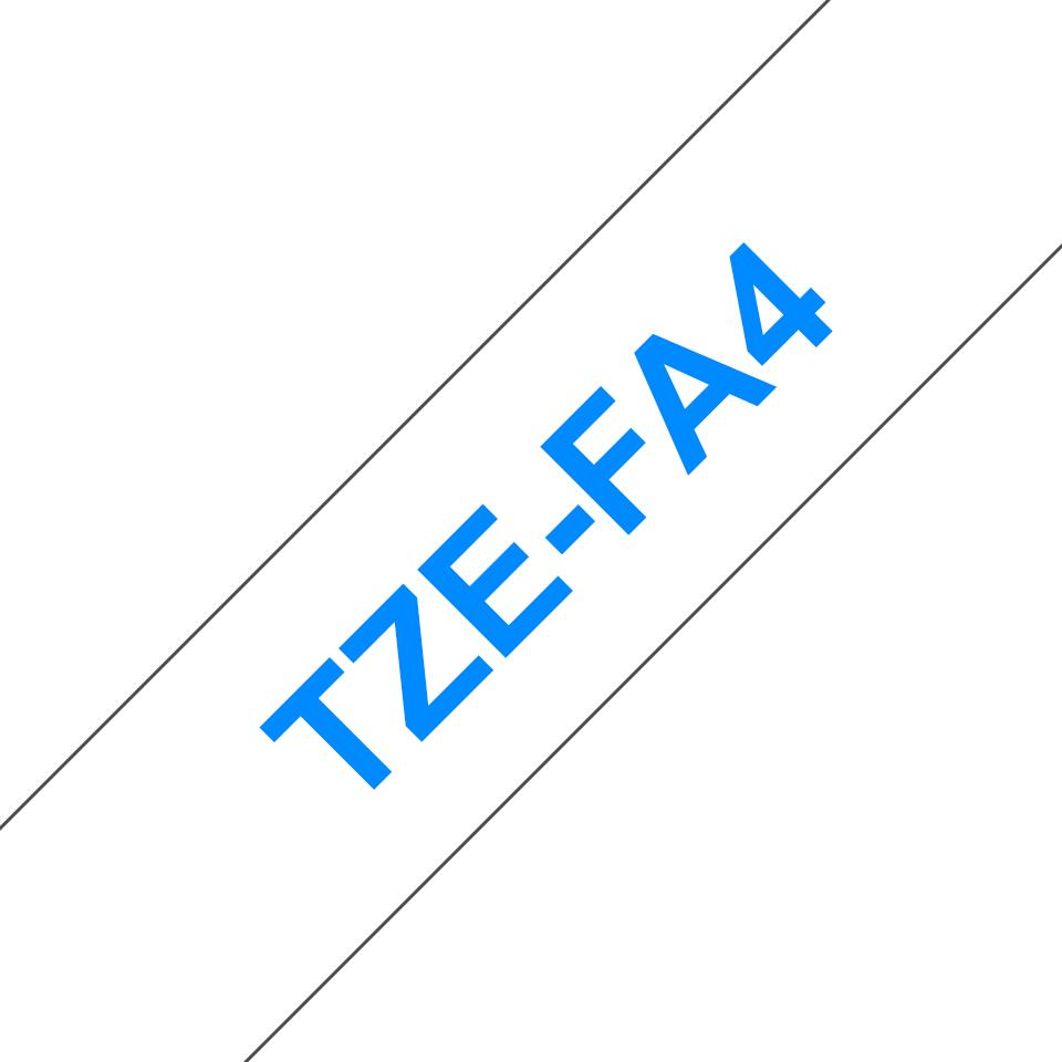 Alkuperäinen Brother TZeFA4 -kangastarranauha – sininen teksti valkoisella pohjalla, 18 mm