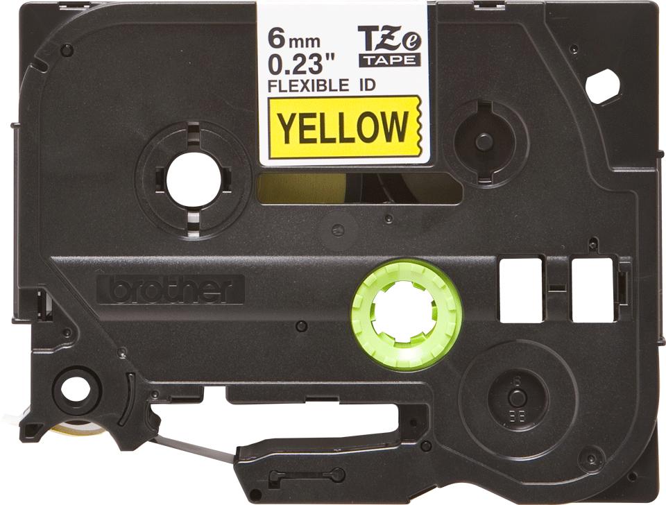 Alkuperäinen Brother TZeFX611-taipuisa tarranauha – musta teksti keltaisella pohjalla, 6 mm 2