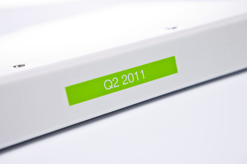 Alkuperäinen Brother TZeMQG35 -tarranauha – valkoinen teksti limenvihreällä pohjalla, 12 mm 4