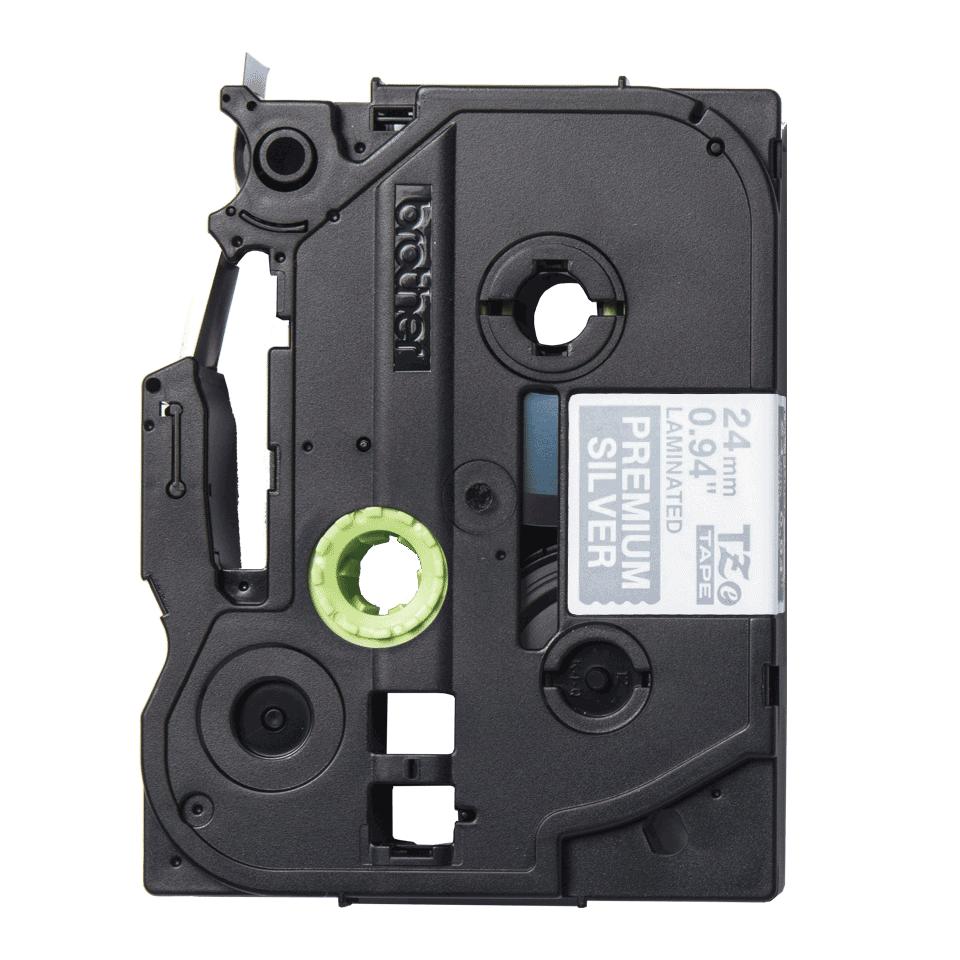 Alkuperäinen Brother TZePR955 -premium tarranauha – valkoinen teksti hopeisella pohjalla, 24 mm 2